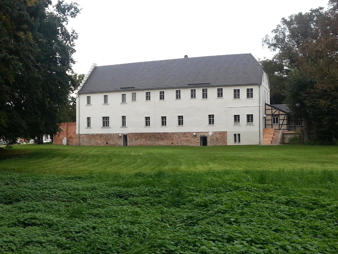 Frauenhaus6 a8