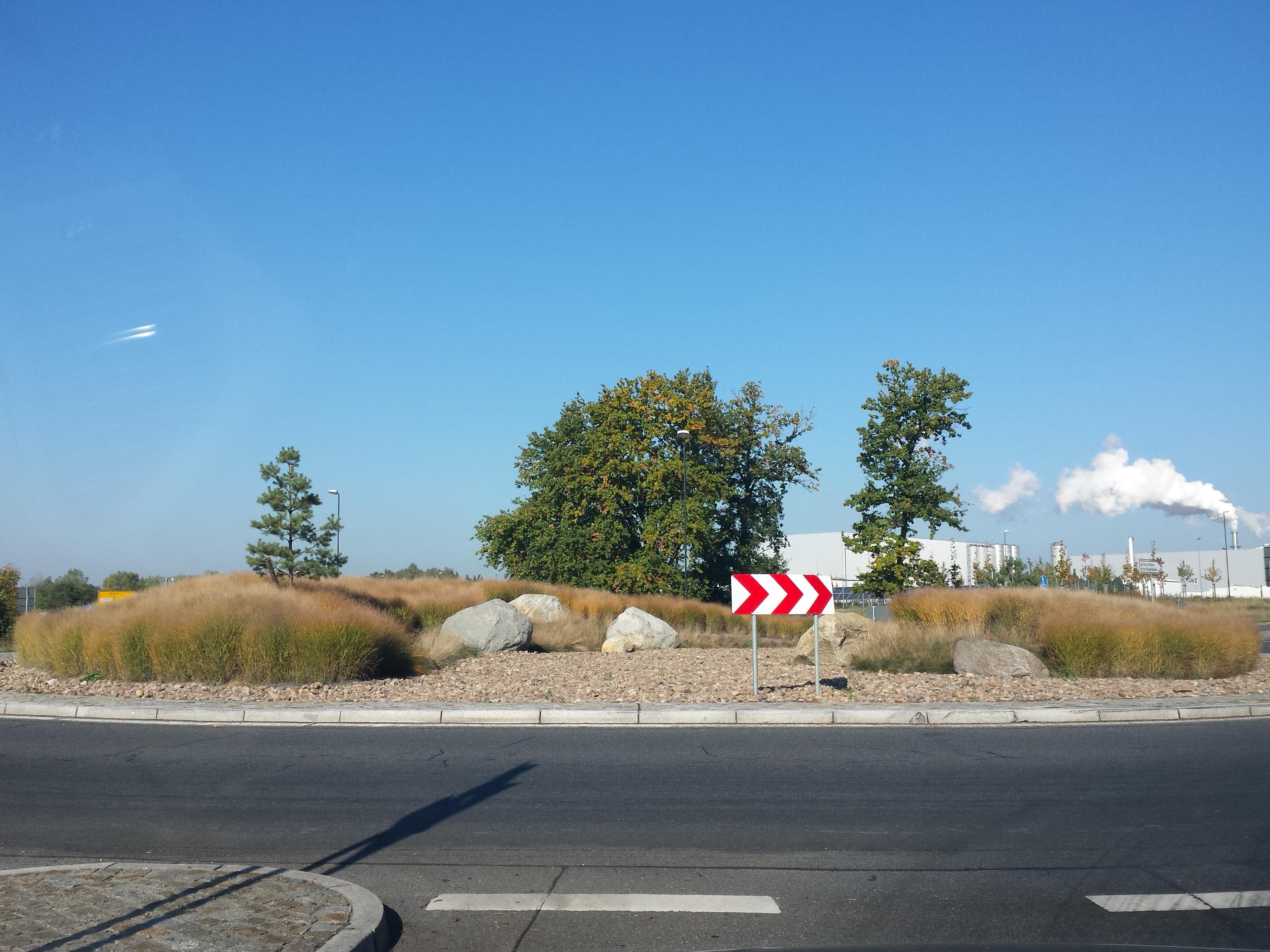 Verkehrsinsel1 a8