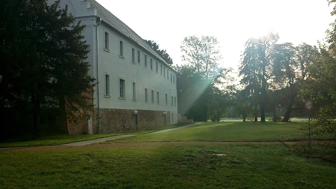 Frauenhaus3 a8